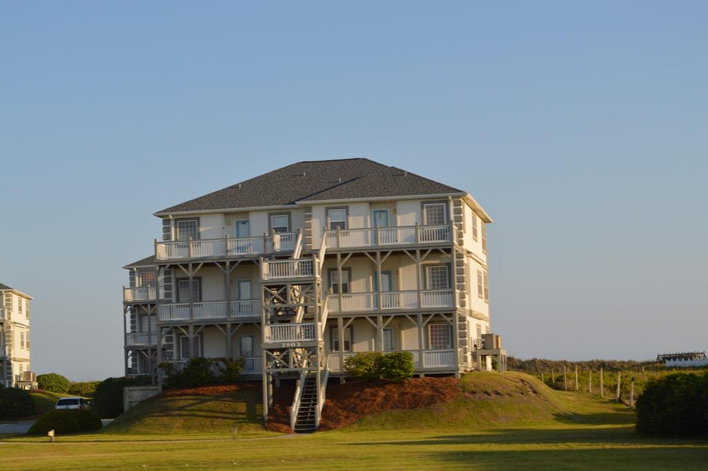 hotel review doubletree atlantic beach north carolina. Black Bedroom Furniture Sets. Home Design Ideas