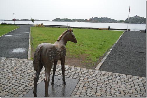 Stavern horse