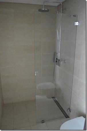 kaupang shower