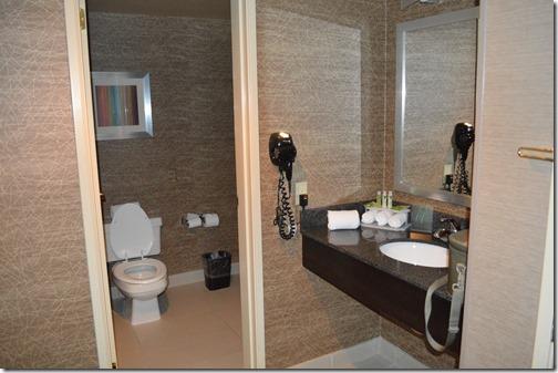 HIX-PH bathroom