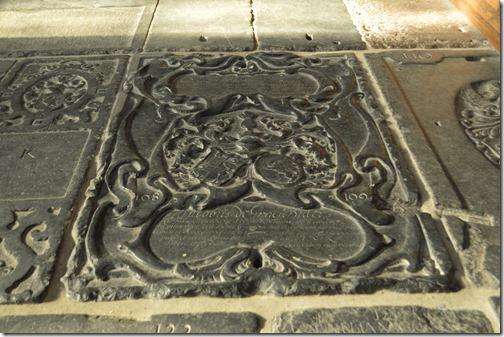 Oude Kerk ornate grave