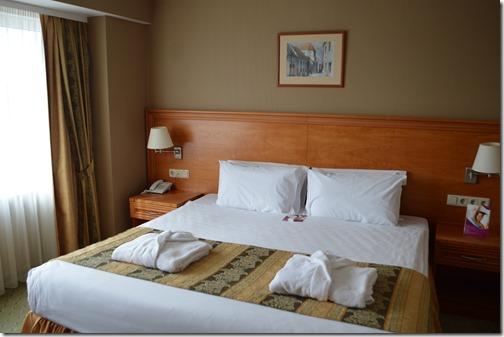 CP suite bed
