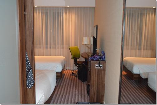Hampton KRK room 2