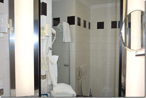 Rad Blu bath-2