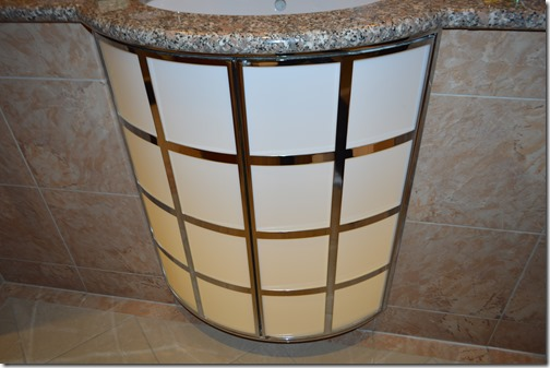 Rad Blu bath light