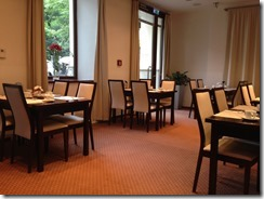 Clarion breakfast room