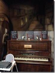 U Vorare piano