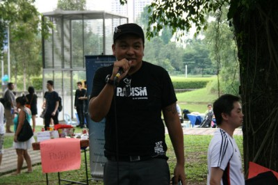 Danny of SayaAnakBangsaMalaysia on the soapbox