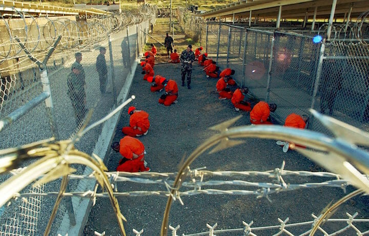 Carcere di Guantànamo, foto di Shane T. Mccoy/MCT/ZUMAPRESS.com (fonte: Rolling Stone)