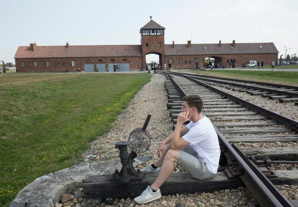 where to stay on your tour to Auschwitz