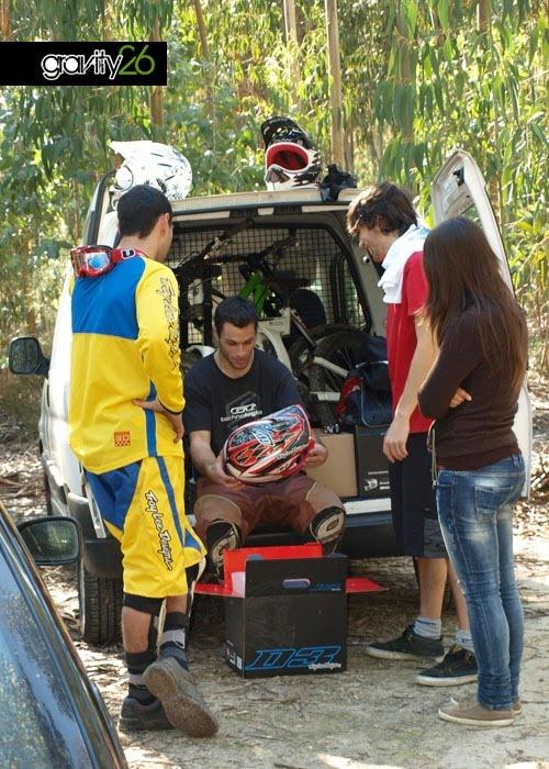 Daniel, Gonçalo, Zé e Tina a ver o TLD D3/watching TLD D3