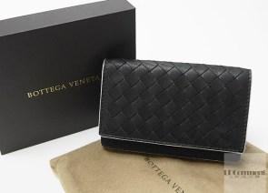 Bottega Veneta黑色編織水洗牛皮卡片夾:絕對低調、極致奢華!
