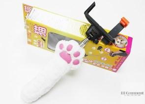 貓奴專屬自拍神器:貓肉球藍牙自拍棒(無線式もふもふ肉球自撮棒)開箱!