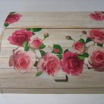 shabby-chic-roses-bread-box18