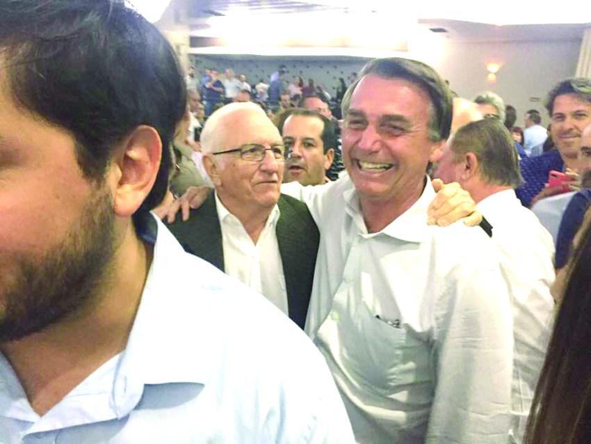 c1 Macário e Bolsonaro.jpg