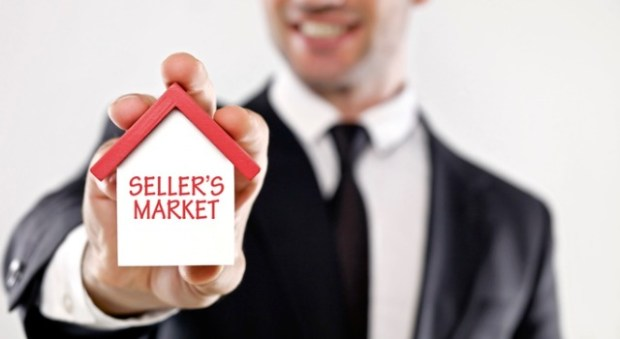 buying a home photo of seller's market item
