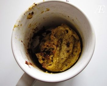 paleo-venlig kage i en kop