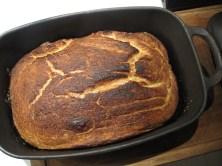 Nybagt brød i gryde