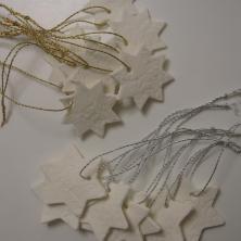 Stjerner af hjemmelavet selvhærdende ler