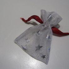søde små gaveposer - hvid med sølv stjerner
