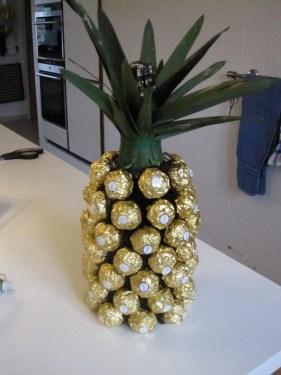 Ananas1,2