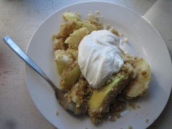 Æbcle crumble /smuldre æblekage med cremefraiche