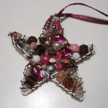 hemmelavede-julestjerner-af-perler