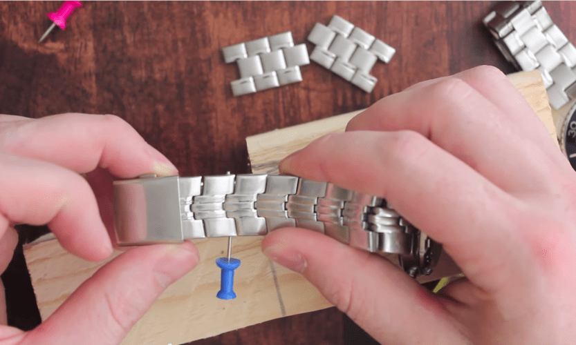 how to resize a watch