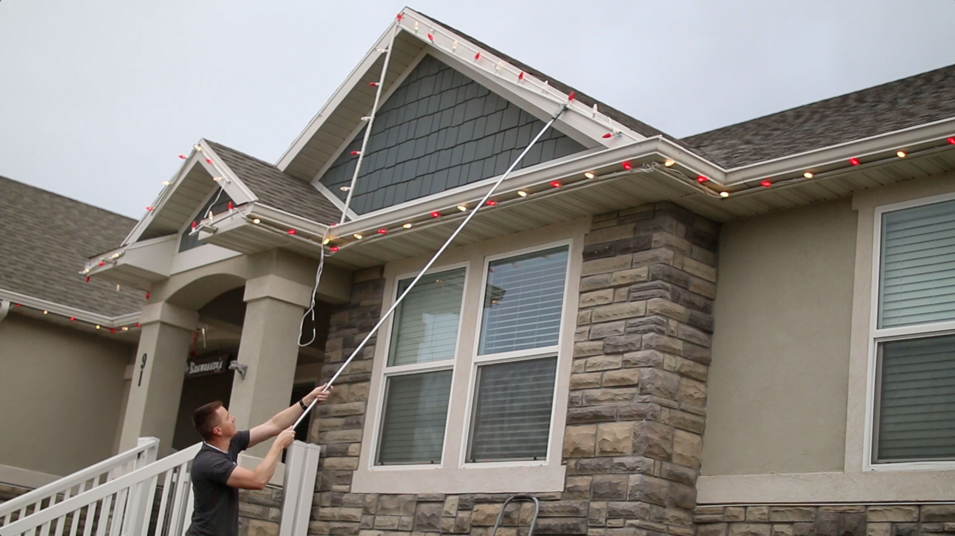 best way to hang christmas lights