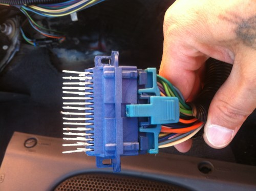 small resolution of adapter plug from monsoon amp to aftermarket photo 8 jpg