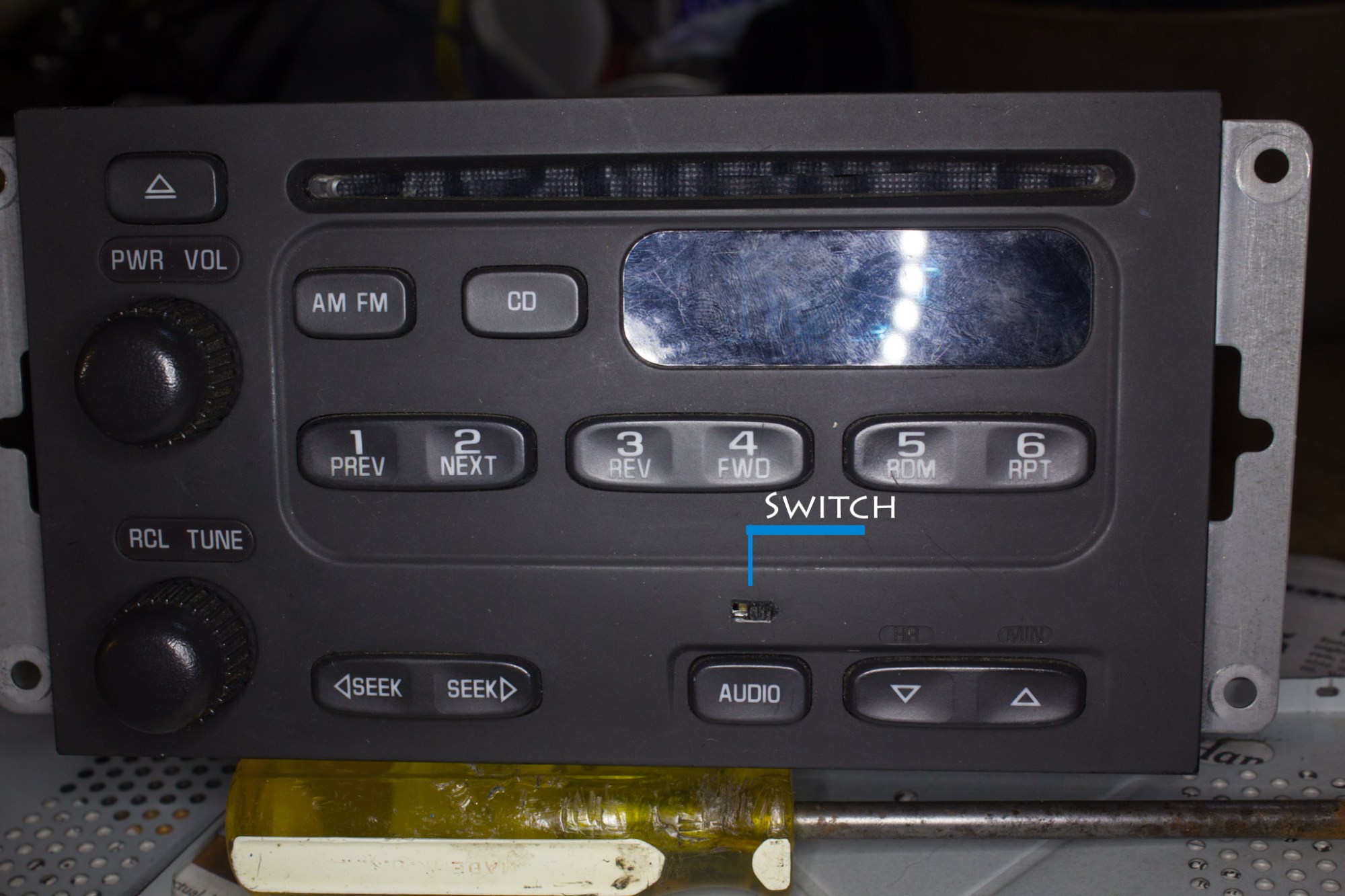 hight resolution of  aux input to factory delco head best method mg 6803m jpg