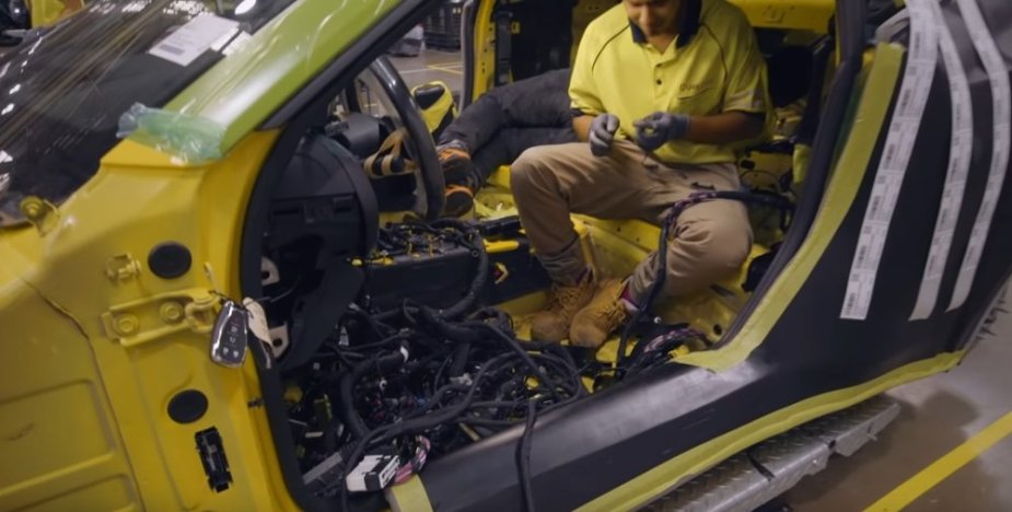 HSV Camaro Wiring Install
