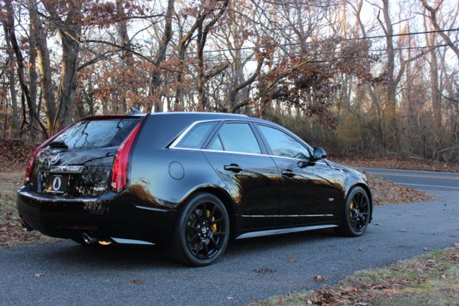 2012 Cadillac CTS-V Wagon Rear Corner