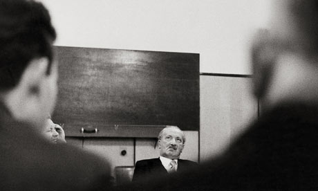 Manusia Sebagai Dasein Menurut Martin Heidegger