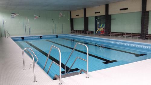 Schwimmbecken Nierenhof