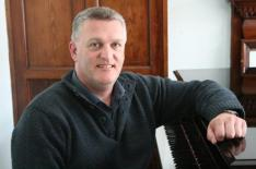 grants-photo-from-rcm2014-with-piano