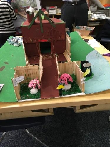 4_Tiny Houses
