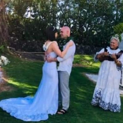 Image of Jaclyn dancing with her husband after they got married in Kona, Hawaii.