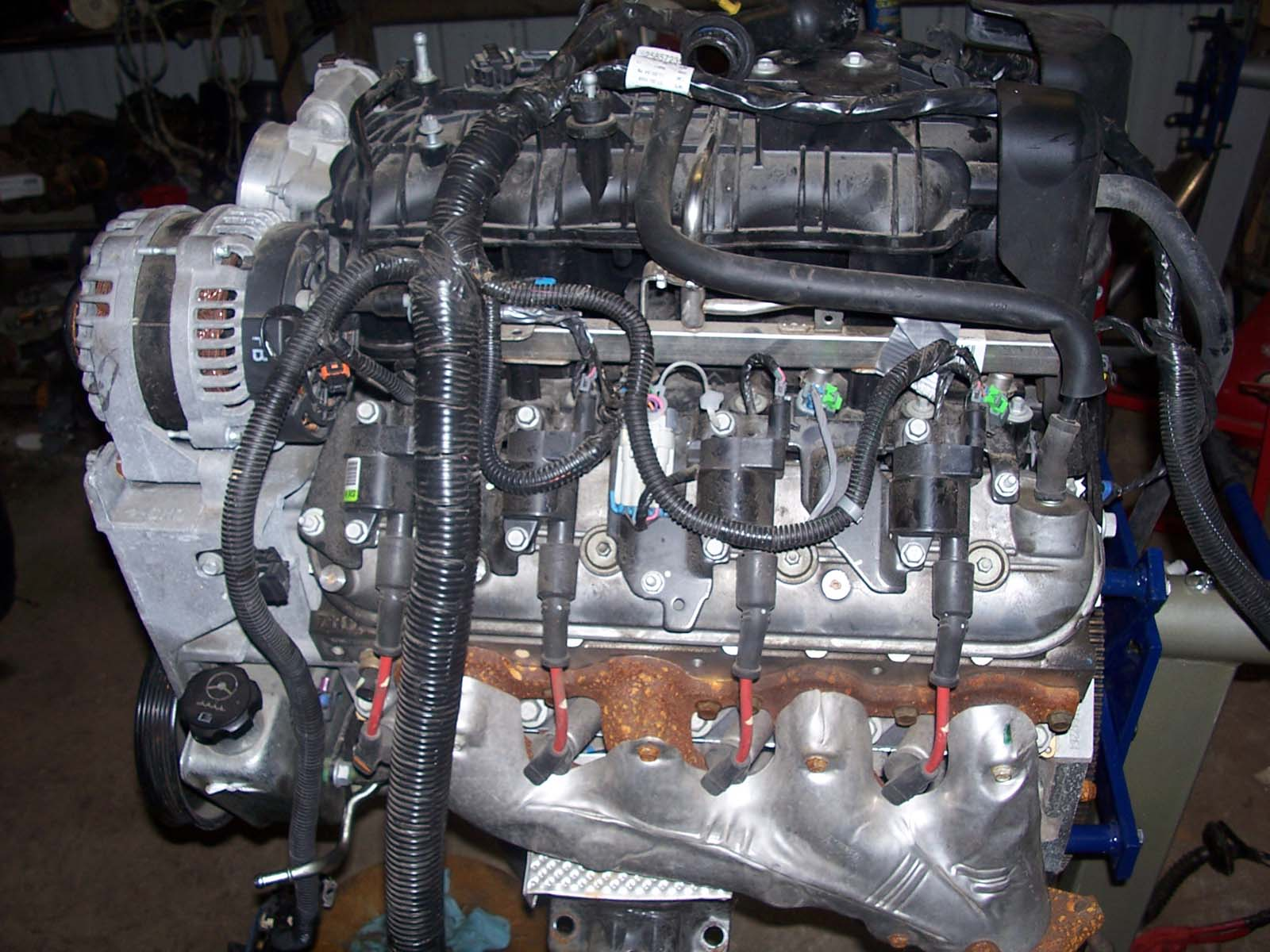 hight resolution of vlom valve lifter oil manifold this is for active fuel management or dod as some call it