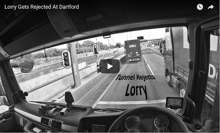 Lorry gets rejected at Dartford