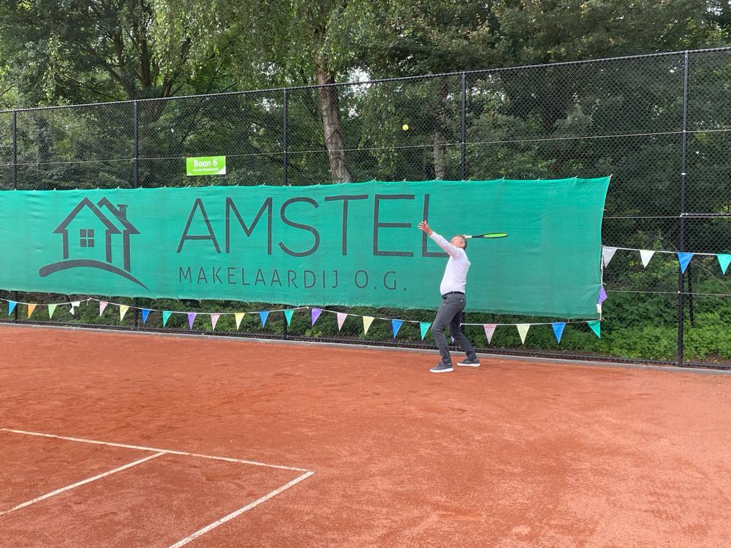 Baan 6 blijft Amstel Makelaardij baan