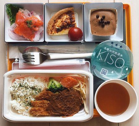 JAL BISTRO de SKY / 北海道セット・エスカロップ