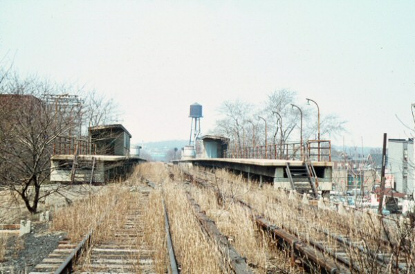 Woodhaven-Jct-Station_viewN_4-1965