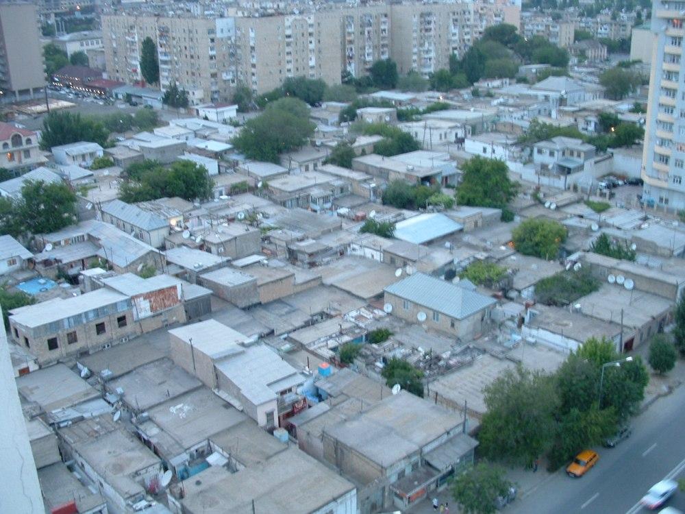 LOST with Webkinz in Baku (1/4)