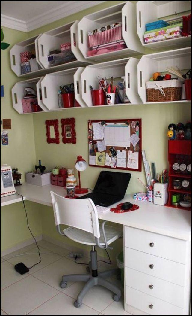 estante de caixotes teliecasademaria.com .br .br  - COMO DECORAR SUA CASA GASTANDO POUCO COM PALLETS E CAIXOTES