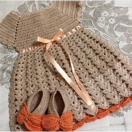 roupa-infantil-de-crochê