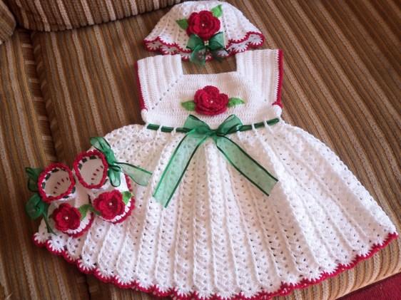 vestidos croche para menina 1024x768 - VÁRIOS MODELOS DE VESTIDOS INFANTIS DE CROCHÊ