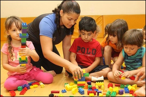 brinquedos para menina e menino1 - COMO ESCOLHER O BRINQUEDO PARA O DIA DAS CRIANÇAS