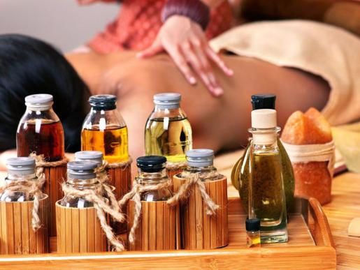 massagem - ÓLEOS ESSENCIAIS:TUDO O QUE PRECISA SABER SOBRE ELES