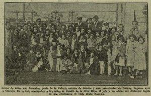 Zona Internacional de Getxo, llegada de las niñas de la colonia municipal de Getxo